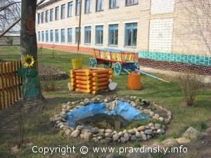 Одна из малых архитектурных форм «Деревенский двор»