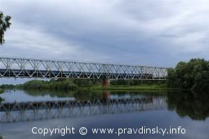 Огромный мост через Березину